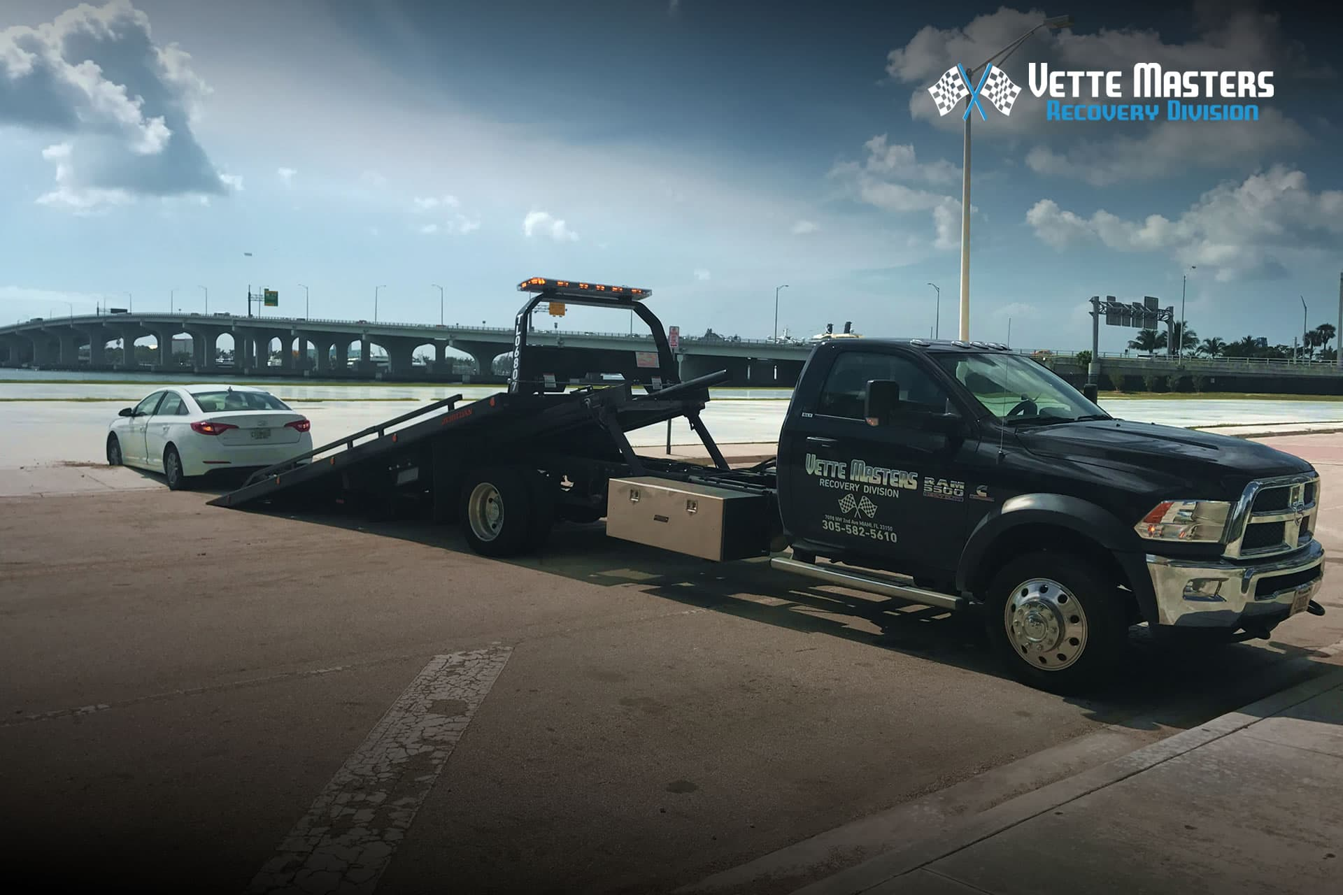 Best Auto Recovery >> Our Services Tow Truck Accident Towing Roadside Services